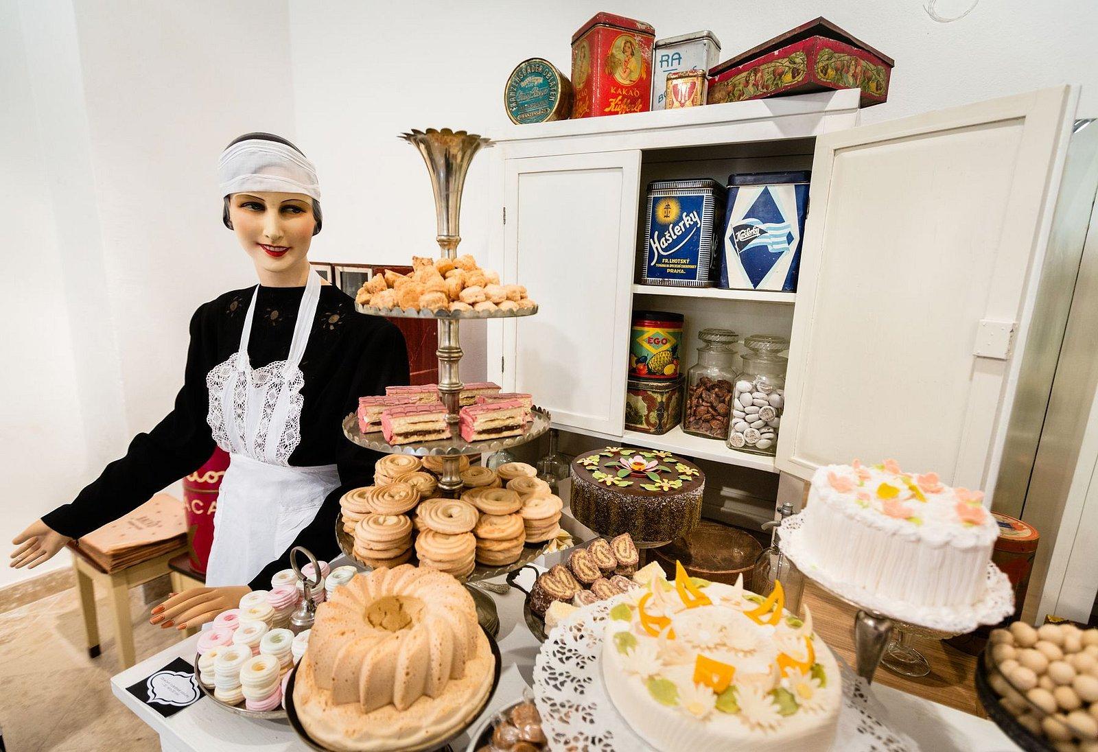 Výstava historických cukráren