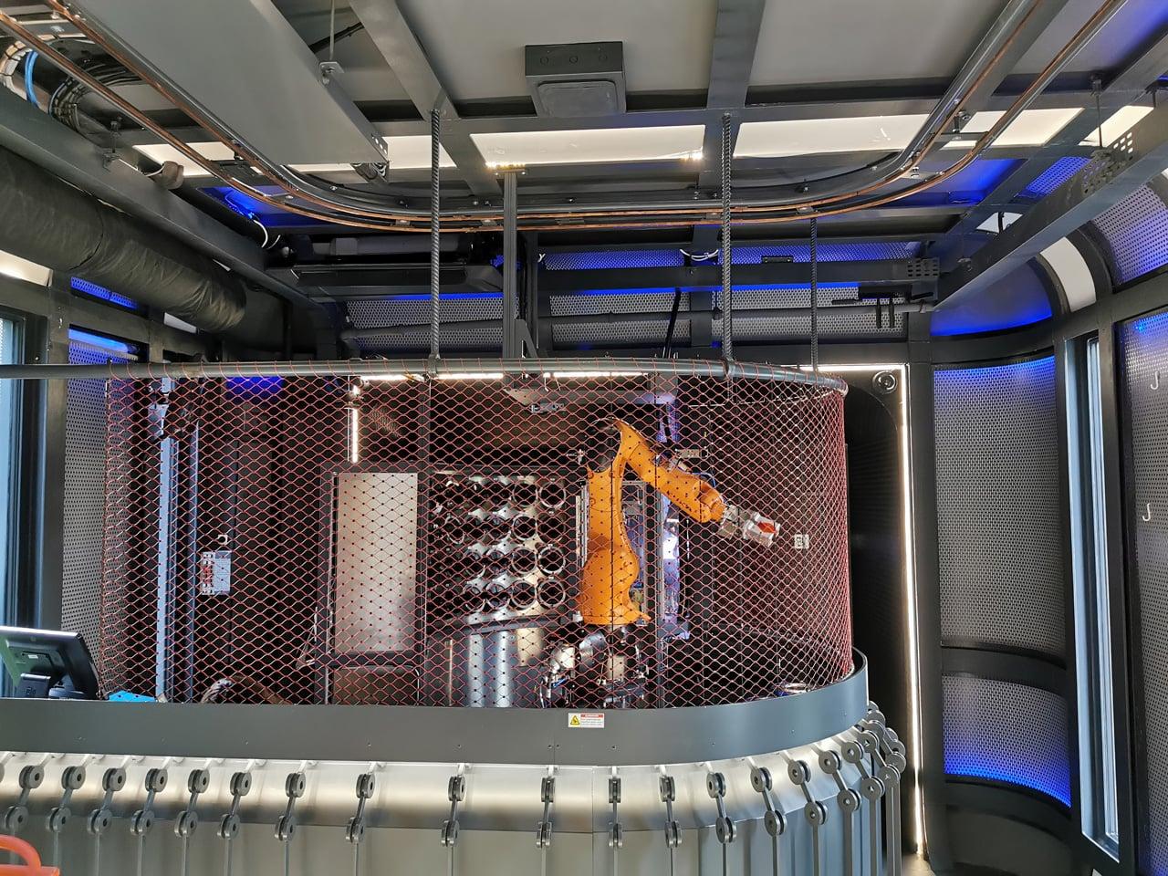 Cyberdog: robotická vinárna v Praze v Nových Butovicích