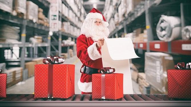 Letos není radno vyčkávat s online vánočními nákupy. Bude menší možnost volby