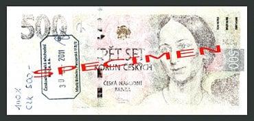Nestandardně poškozená bankovka: Vypraná bankovka, u které jsou pochybnosti o její pravosti. Česká národní banka: zadrží bankovku bez náhrady. Úvěrová instituce provádějící pokladní operace a zpracovatel bankovek a mincí: zadrží bankovku bez náhrady a předají ji ČNB. Ostatní subjekty: mohou bankovku odmítnout.