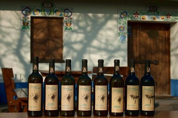 """Autentická vína mohou být označena značkou """"A"""", která se umísťuje na hrdle láhve"""
