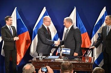 Bohuslav Sobotka a Benjamin Netanjahu v Izraeli.