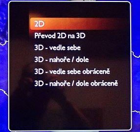 Volby pro 3D obraz či převedení 2D na 3D. U fotografií je však nebudete potřebovat, protože ty se vám v souborovém manažeru ani nenabídnou. (Jak vidíte i na tomto obrázku, obrazovka se poměrně dosti leskne.)