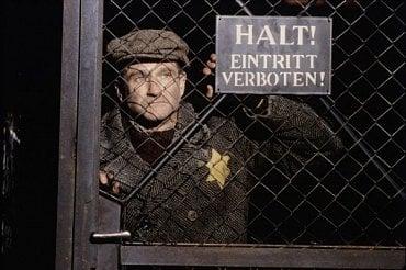 Robin ve filmu Jakub Lhář.