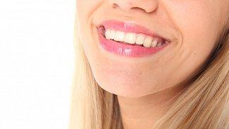 Domácí, anebo raději ordinační bělení zubů?