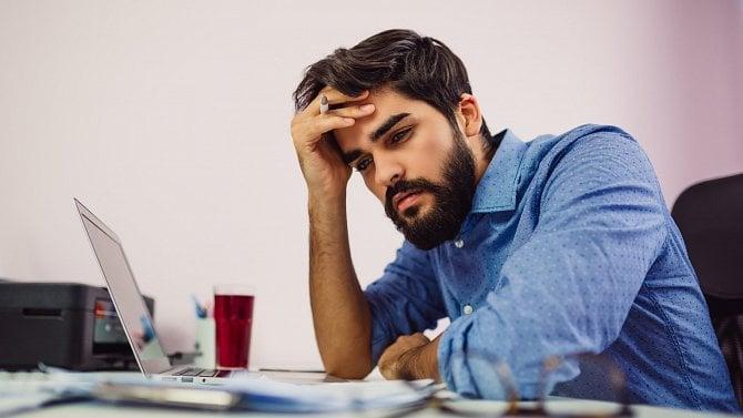 Lidé mají obavy. Tempo zakládání nových firem klesá