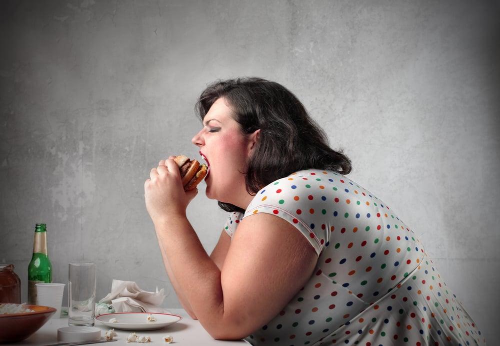 Kuřáci a tlustí budou platit více a dostanou méně