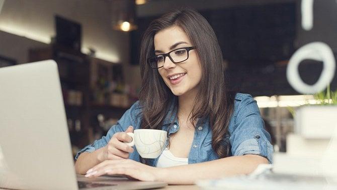Obchodníky zachraňuje internet. Čtěte, jak postupovat při zakládání e-shopu