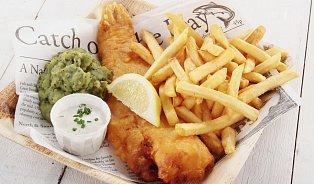 """Fish and chips: """"nejlepší"""" recept má kdekdo"""