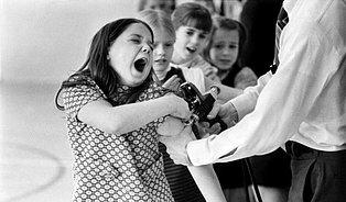 Masové očkování potřebuje neočkované ajiné paradoxy