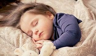 Poruchy spánku udětí: Stojí za nimi psychika inedodržování přirozenýchzásad