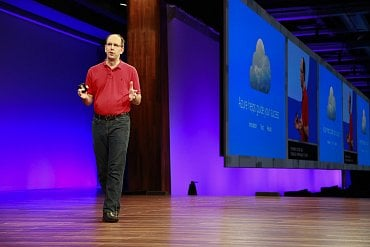 Viceprezident cloudové a enterprise divize v Microsoft Scott Guthrie na konferenci Build 2017 v Seattlu.
