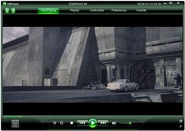 Jeden ze široké nabídky skinů pro KMPlayer se podobá Windows Media Playeru