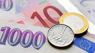 Měšec.cz: Kam pro dovolenková eura? Na pumpy ONO