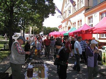 Farmářský trh ve Varech