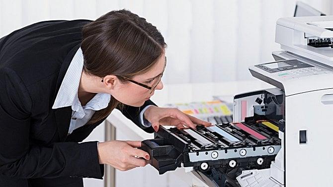 Prodeje tiskáren kvůli covidu rostou