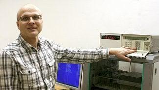 Root.cz: K čemu potřebuje mobilní operátor atomové hodiny?