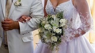 Podnikatel.cz: Měli svatbu doma, berňák je kontroluje