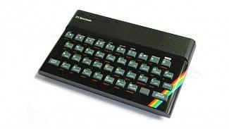 """Lupa.cz: Legendární """"gumák"""" ZX Spectrum slaví 35 let"""