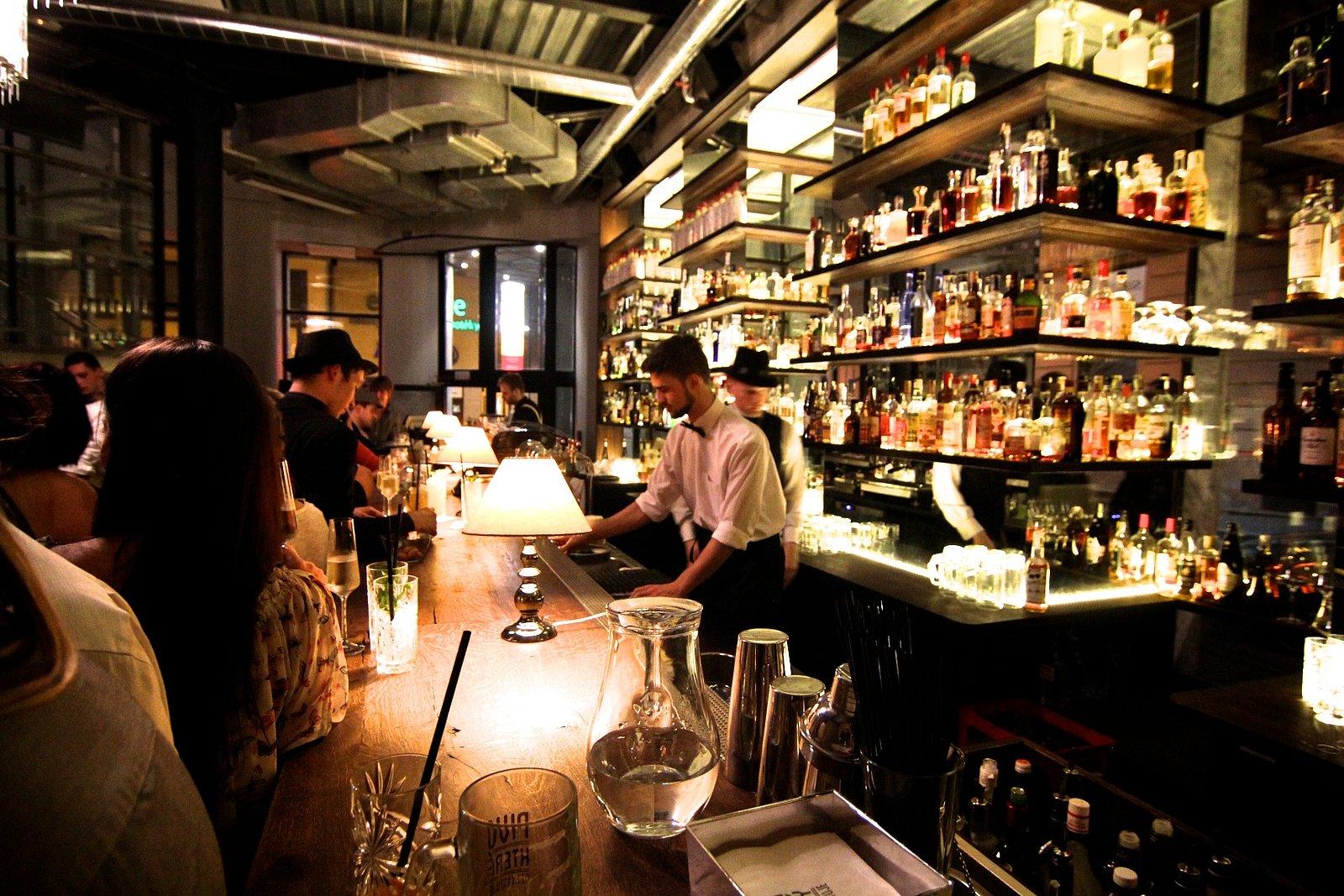 Bar, který neexistuje vznikl naruby. Dnes je špičkou svého oboru