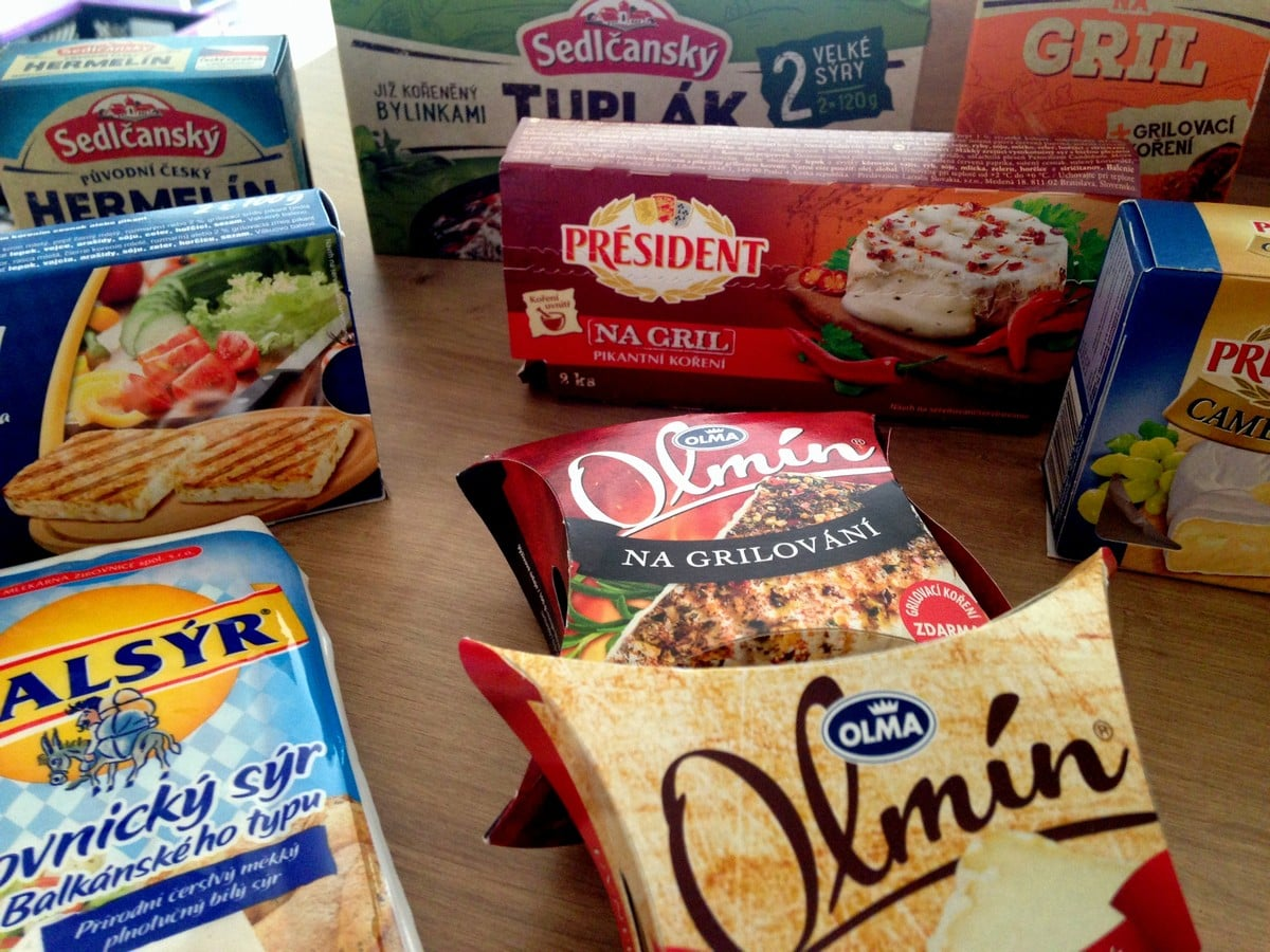 Test grilovaných sýrů: který vytekl?