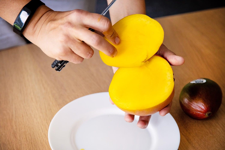 Jak naporcovat mango