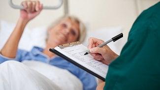 Od července do září můžeme měnit zdravotní pojišťovnu. Jak nato?