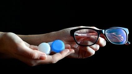 Vitalia.cz: Brýle jako ochrana před koronavirem