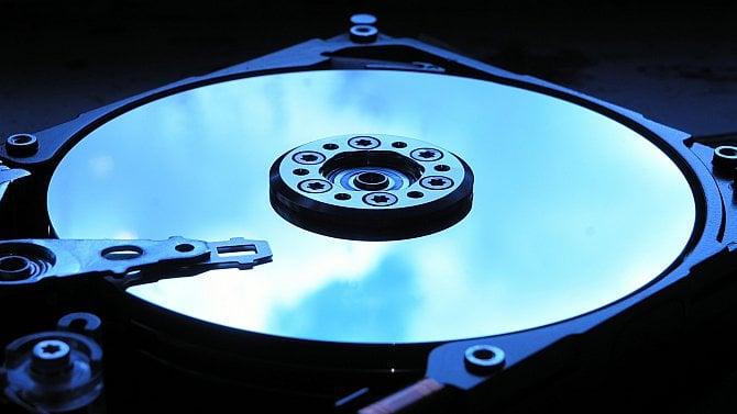 Víte, jak definitivně smažete data zpevného disku či zdisku SSD?