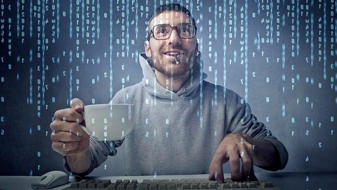 Jak nepoužívat PL/pgSQL (případně PL/SQL)– fatální chyby při vývoji