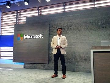 Viceprezident Microsoftu Joseph Sirosh.