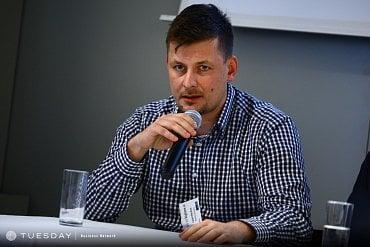 Lukáš Hnilička, Hybrid Company