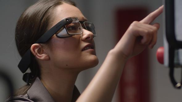 Přichází Google Glass 2a May Update pro Windows 10, Richard Stallman vystoupí vBrně