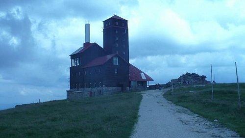První stanoviště na polské boudě nad Sněžnými Jámami ve výšce 1490 metrů nad mořem.