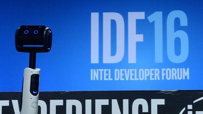 Intel ruší vývojářskou konferenci, vyšel zbrusu nový GoogleEarth [Stalo se]