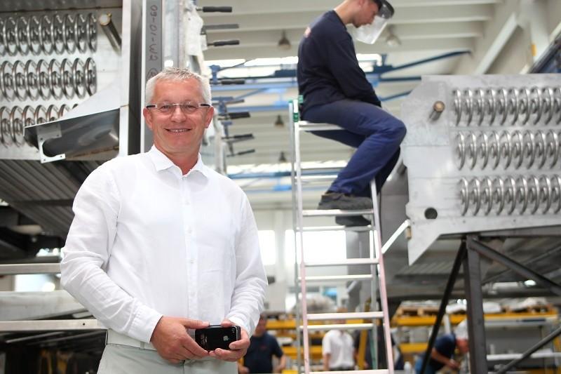 Rudolf Kasper v továrně (Foto © Xantipa Agency)