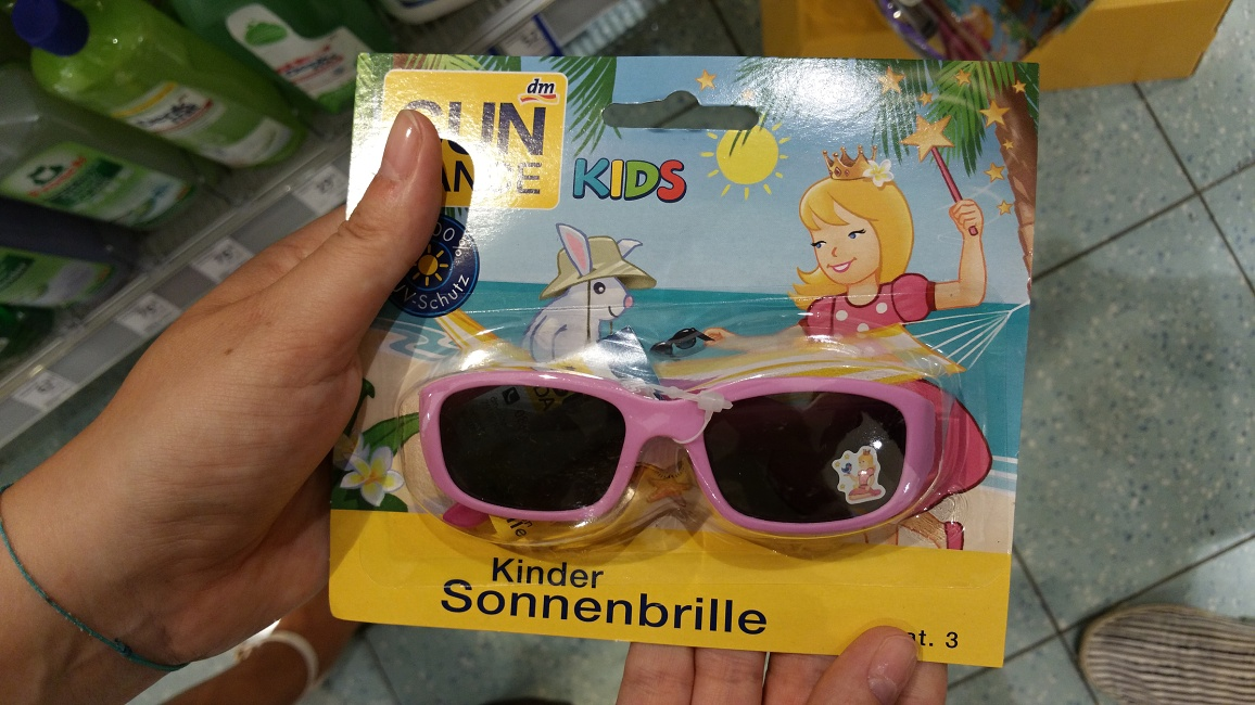 Test slunečních brýlí