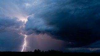 bouřka blesk mrak déšť