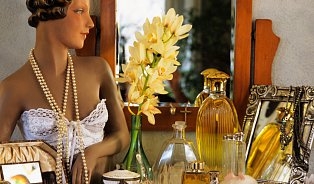 Parfém na olejové bázi voní déle než běžný alkoholový