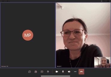 Renáta Kadlecová při rozhovoru s autorem. Rozhovor proběhl online přes platformu Microsoft Teams. (28. 4. 2021)