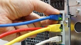 TCP ve světě DNS: více dat a méně útoků