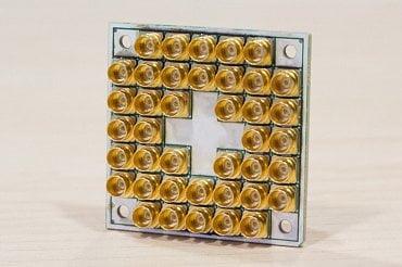 Intel 17 qubit