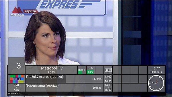 Na obrázku je TV Metropol přijímaná pomocí DVB-T2 klíčenky připojené do zadního USB portu přijímače