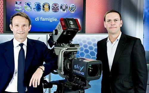 Moderátoři italské zpravodajské televize Sky TG 24