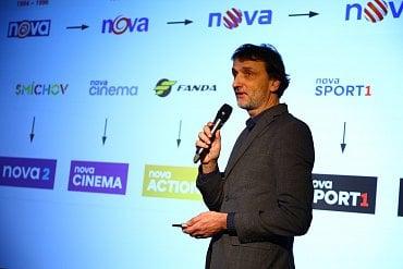 Kreativní ředitel Alan Záruba představuje redesignovanou podobu jednotlivých stanic z portfolia televizní skupiny Nova.