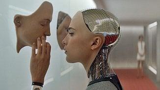 Lupa.cz: Asimovovy zákony robotiky do strojů nedostaneme