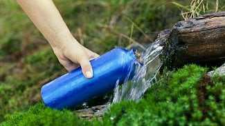 Napijte se zpotoka: filtry a dezinfekce vody