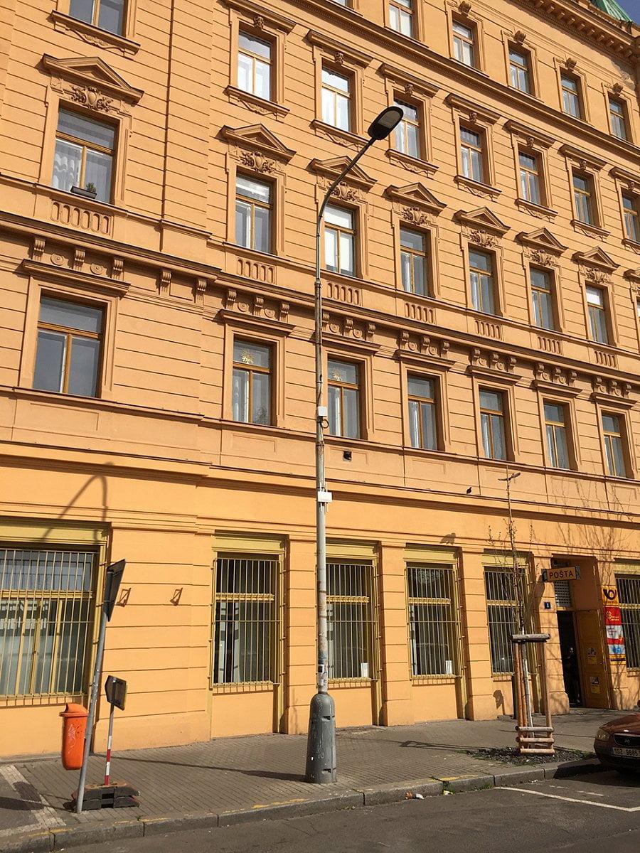 Zahájení budování chytrého osvětlení v Praze v Karlíně
