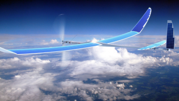 Dron na solární energii pohybující se ve výškách nad 20 kilometrů pro šíření internetového signálu