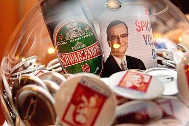 Předvolební pivo a guláš
